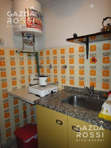 Foto Local en Venta en  Adrogue,  Almirante Brown  DIAGONAL BROWN  1277
