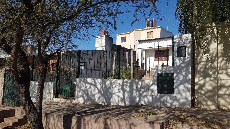 B° San Ignacio, Casa en venta 2 dormitorios