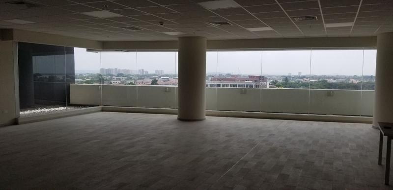 Foto Oficina en Alquiler |  en  Samborondón,  Guayaquil  OFICINA VIA SAMBORONDON ALQUILER CON PARQUEO INCLUIDO
