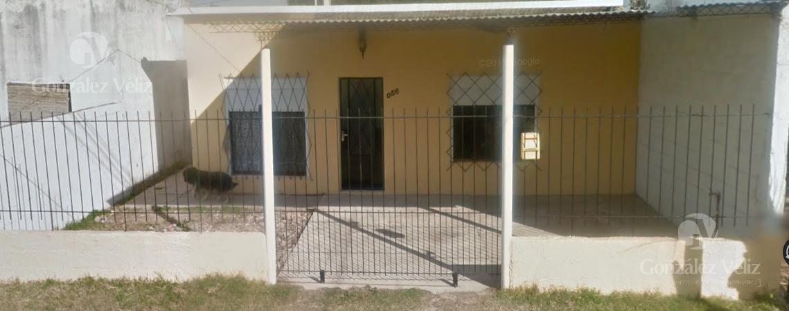 Foto Casa en Alquiler en  Carmelo ,  Colonia  Bs As casi Irastorza