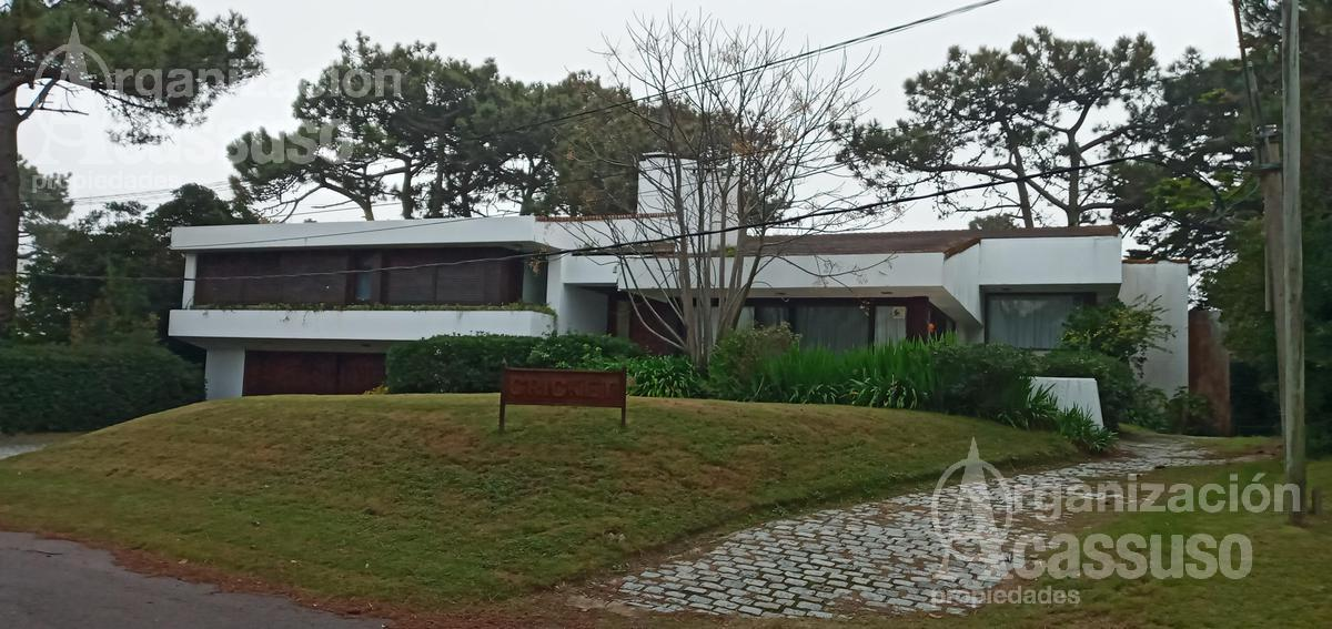 Foto Casa en Alquiler en  Playa Brava,  Punta del Este  Juan Jose de Morosoli