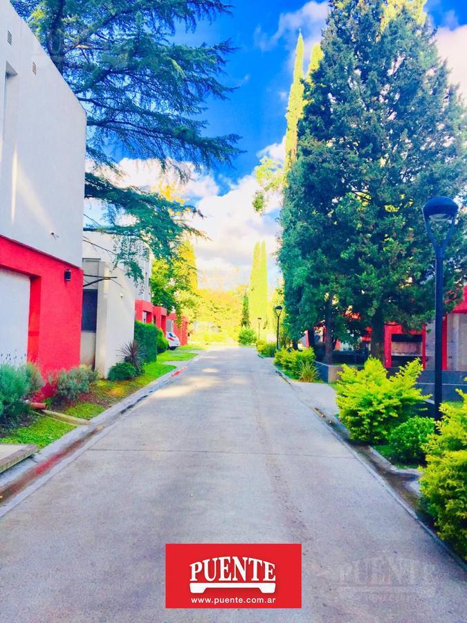 Foto Casa en Venta | Alquiler en  Canning,  Ezeiza  Casas del Bosque Champagnat al 3100