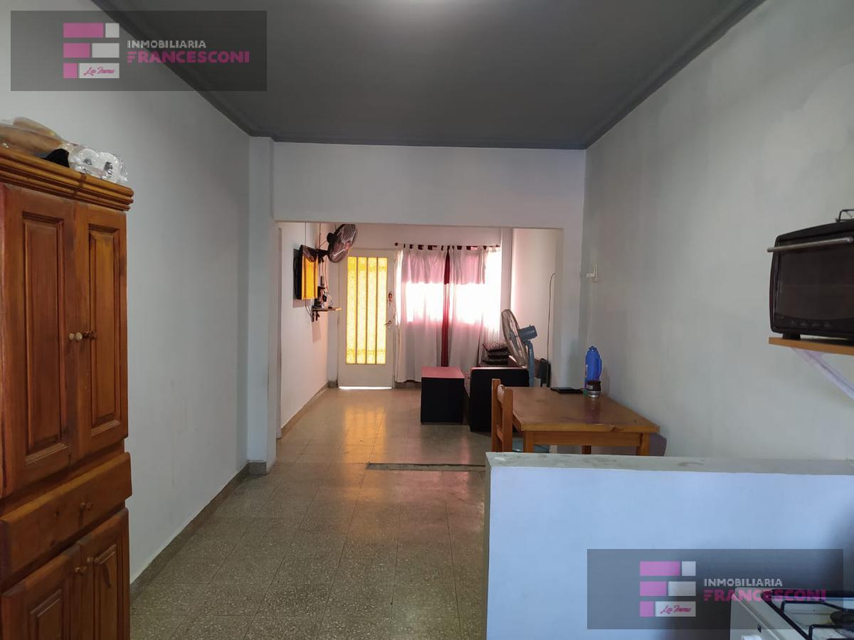 Foto PH en Venta en  Zona Sur,  La Plata  67 29 Y 30