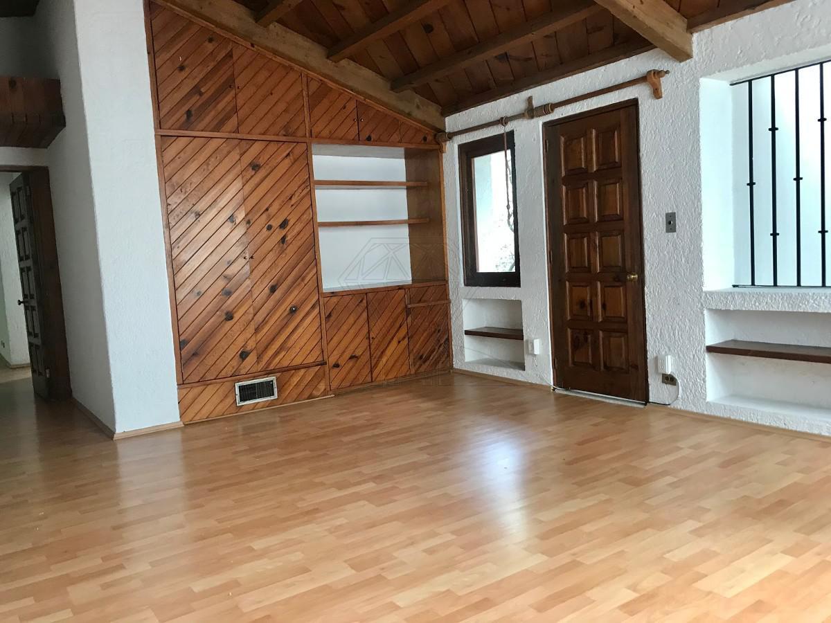 Foto Casa en Renta en  Lomas de Reforma,  Miguel Hidalgo  Lomas de Reforma, Nevado de Sorata, casa sola en calle cerrada a la renta (MC)