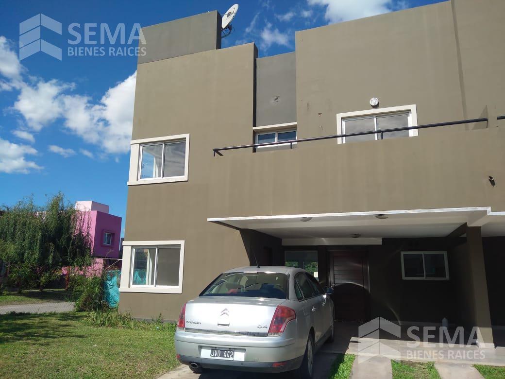 Foto Casa en Venta | Alquiler en  Camino de Sirga,  Yerba Buena  Bº Priv Las Cañitas YB