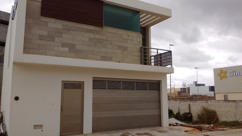 Foto Casa en Venta en  Fraccionamiento Paraíso Coatzacoalcos,  Coatzacoalcos  Manzana J Fraccionamiento Paraíso Coatzacoalcos Veracruz