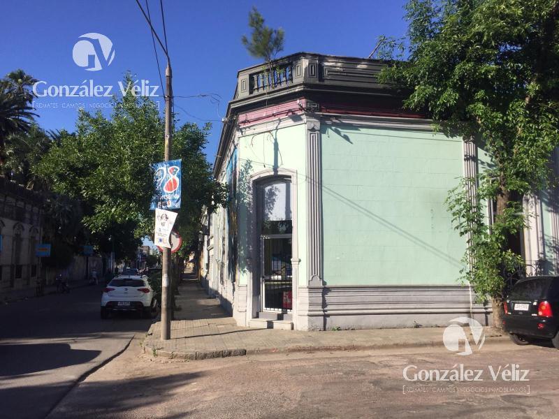 Foto Local en Alquiler en  Carmelo ,  Colonia  19 de abril y Gral. Flores