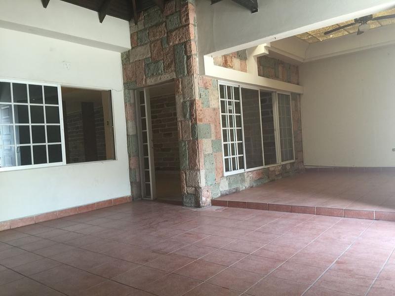 Foto Casa en Renta en  Palmira,  Distrito Central  Casa En Renta Palmira Ideal oficina O Negcio Calle Principala Tegucigalpa