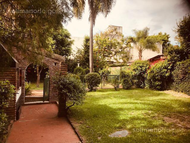 Foto Casa en Venta en  La Lucila-Vias/Maipu,  La Lucila  Mariano Pelliza al 600