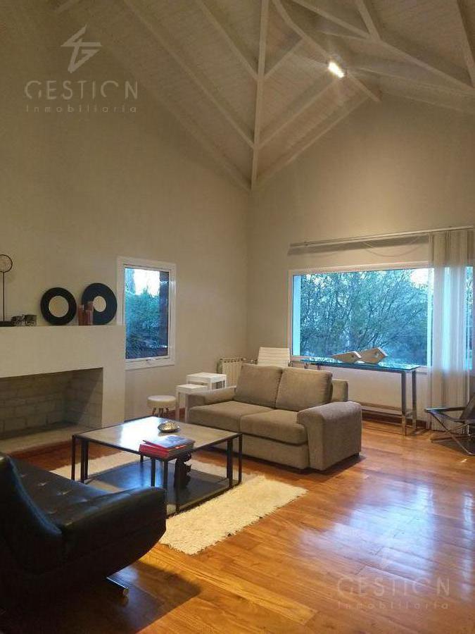 Foto Casa en Venta en  Lomas de la Carolina,  Cordoba Capital  AV. Ejercito Argentino al 5100