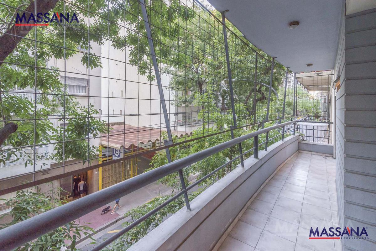 Foto Departamento en Venta en  Recoleta ,  Capital Federal  ECUADOR al 1300