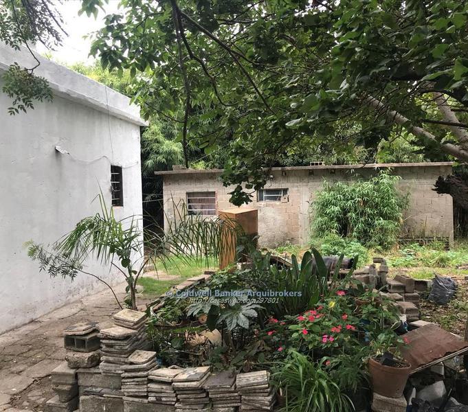 Foto Casa en Venta en  Flor De Maroñas ,  Montevideo  2 casas en venta 2 dormitorios en Flor de Maroñas