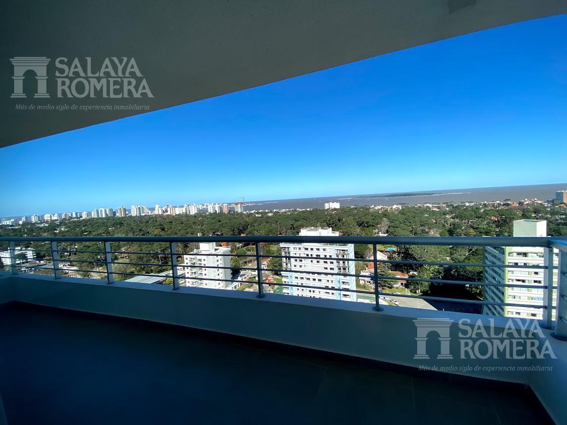 Foto Departamento en Venta en  Playa Mansa,  Punta del Este  Espectacular Apartamento 2 dormitorios en Av Roosvelt, Punta del Este