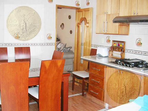 Foto Casa en Venta en  Adolfo Lopez Mateos,  Tequisquiapan  Pequeño Hotel, bien ubicado