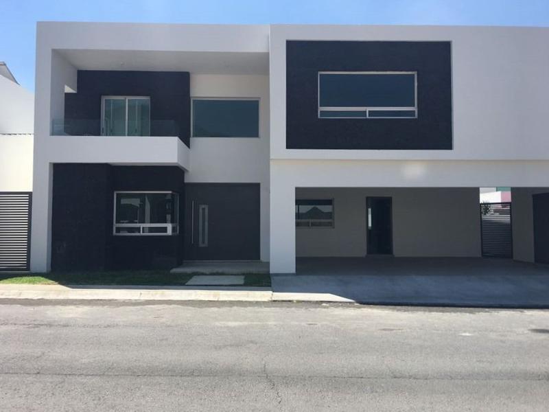 Foto Casa en Venta en  Canterias Norte,  Monterrey  CASA EN VENTA CANTERÍAS CARRETERA NACIONAL MONTERREY