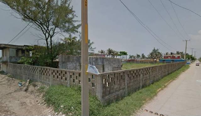 Foto Terreno en Venta | Renta en  Agua Dulce ,  Veracruz  AV. 5 DE MAYO VILLA DE ALLENDE, VER