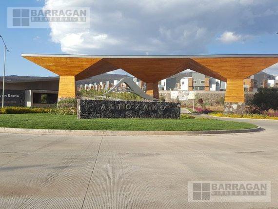 Foto Terreno en Venta en  Altozano el Nuevo Queretaro,  Querétaro  TERRENO EN VENTA ALTOZANO