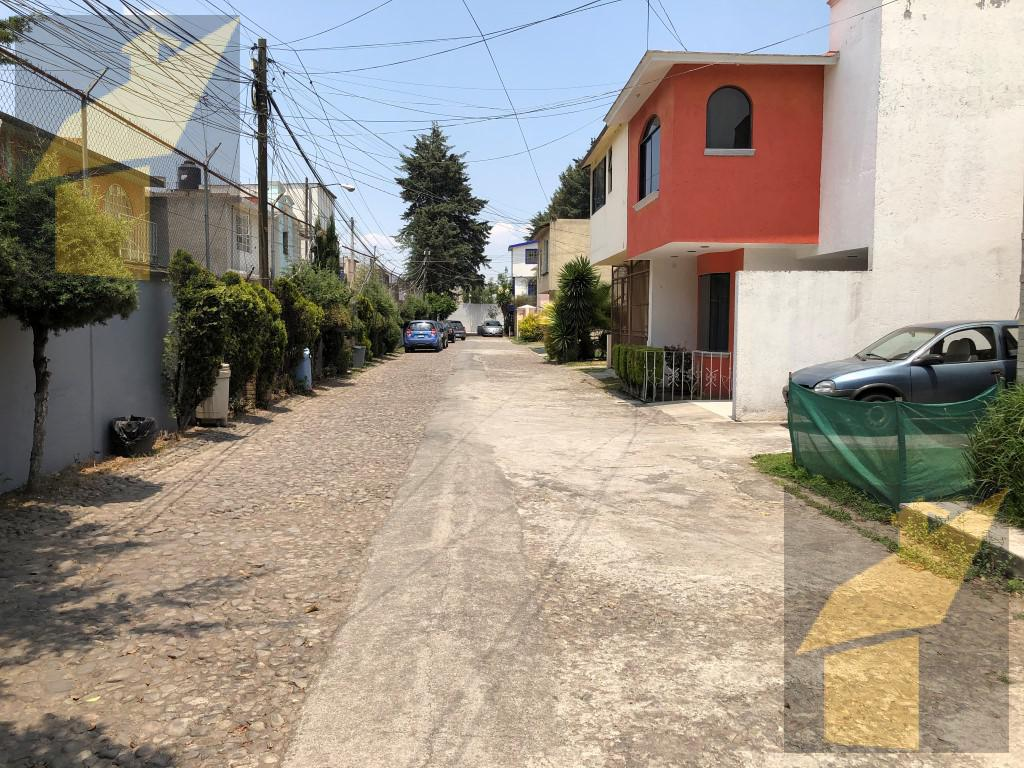 Foto Casa en condominio en Venta en  Hípico,  Metepec  Hípico