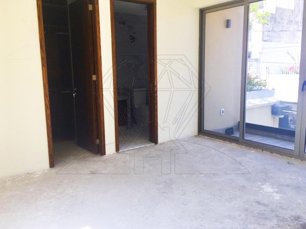 Foto Casa en Venta en  Lomas de Tecamachalco,  Naucalpan de Juárez  Fuente Salto del Agua casa NUEVA en venta con  JARDÍN , Lomas de Tecamachalco (GR)