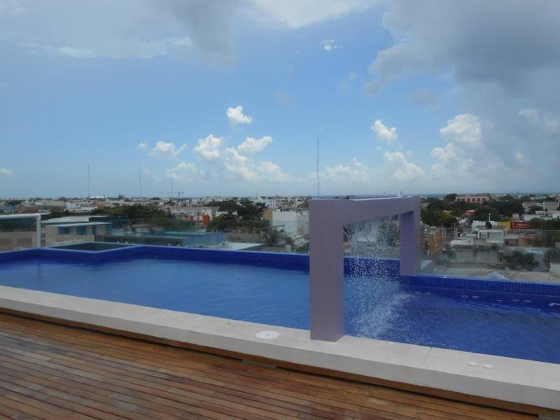 Playa del Carmen Apartment for Sale scene image 1