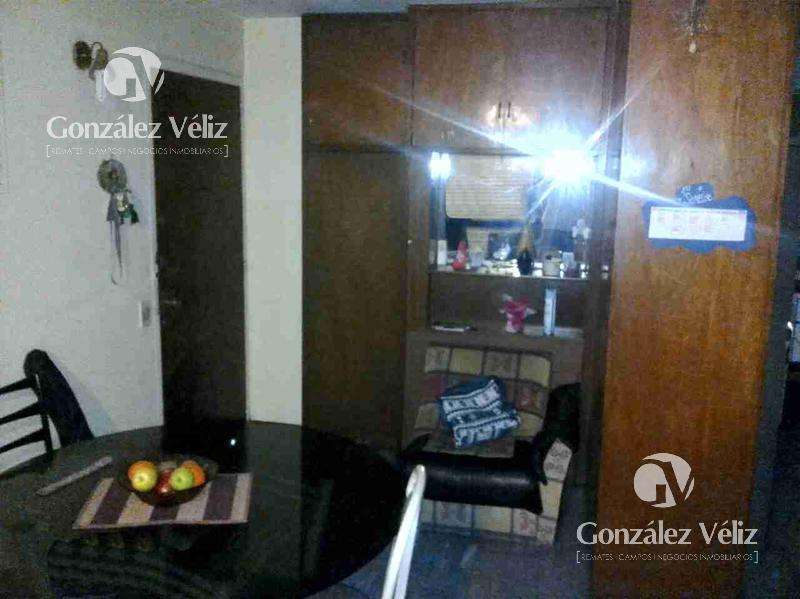 Foto Apartamento en Alquiler en  Montevideo ,  Montevideo  Rio Negro al 1300