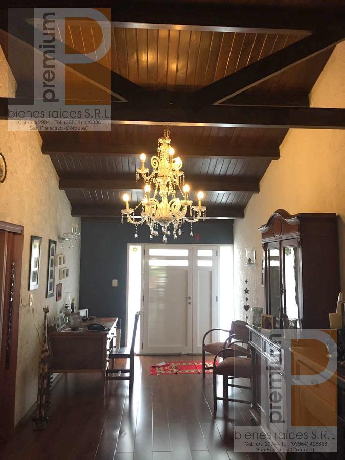 Foto Casa en Venta en  Jardín,  San Francisco  Antártida Argentina al 2300