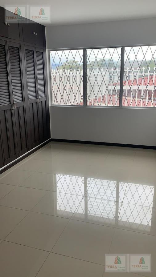 Foto Departamento en Renta en  Mata Redonda,  San José  Cerca de Mc Donald's Sabana, Estadio