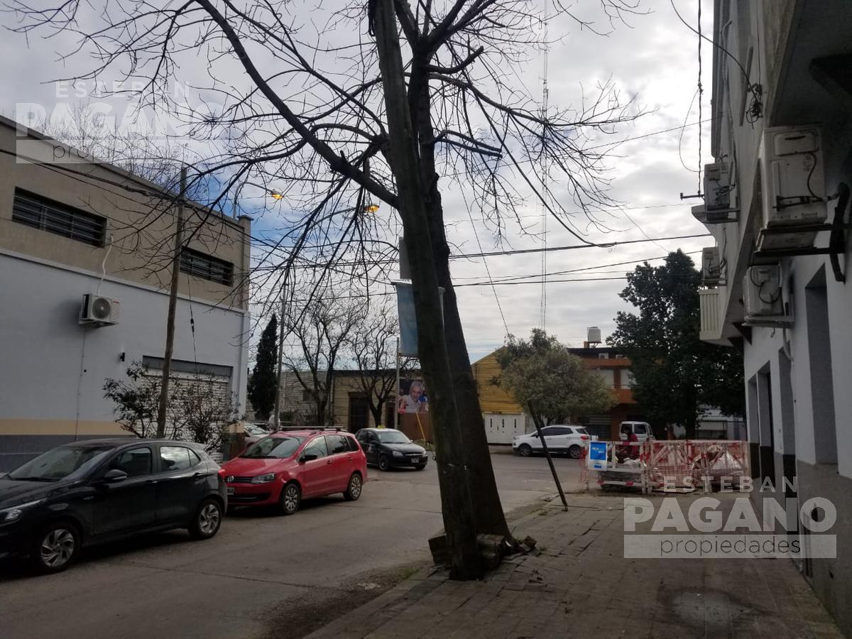 Foto PH en Venta en  Berisso ,  G.B.A. Zona Sur      166 e 4 y 5 N° 228
