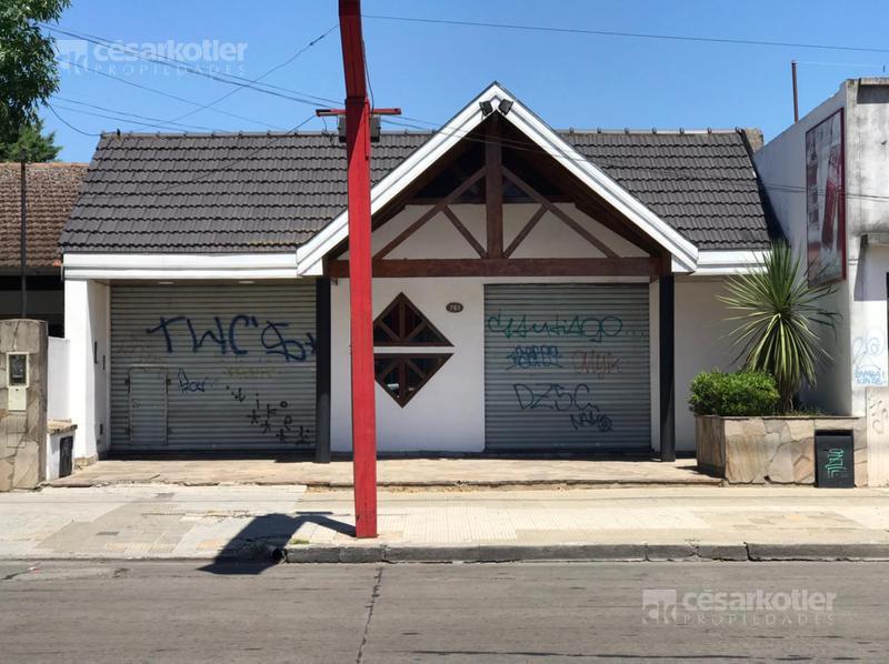 Foto Local en Venta en  Temperley Este,  Temperley  AV. EVA PERON 761 (EX PASCO) E. ALZAGA Y B.ENCALADA