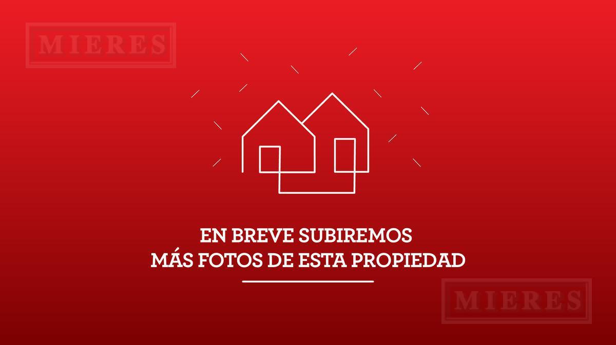 Casa de 220 mts en Las Araucarias