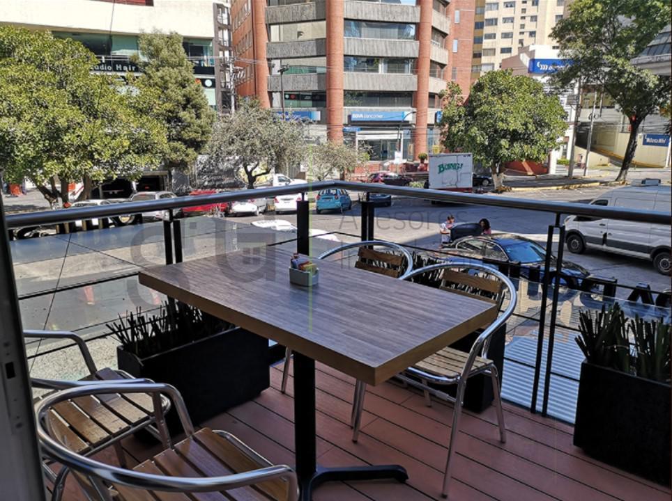 Foto Local en Renta en  Lomas de Tecamachalco,  Naucalpan de Juárez  SKG Asesores Inmobiliarios Renta  Local Con Traspaso en Av. de las Fuentes, Tecamachalco de 115.00m2 de superficie
