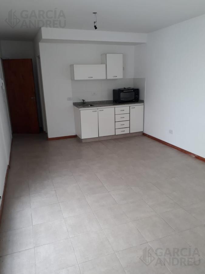 Foto Departamento en Alquiler en  Echesortu,  Rosario  Catamarca al 3800
