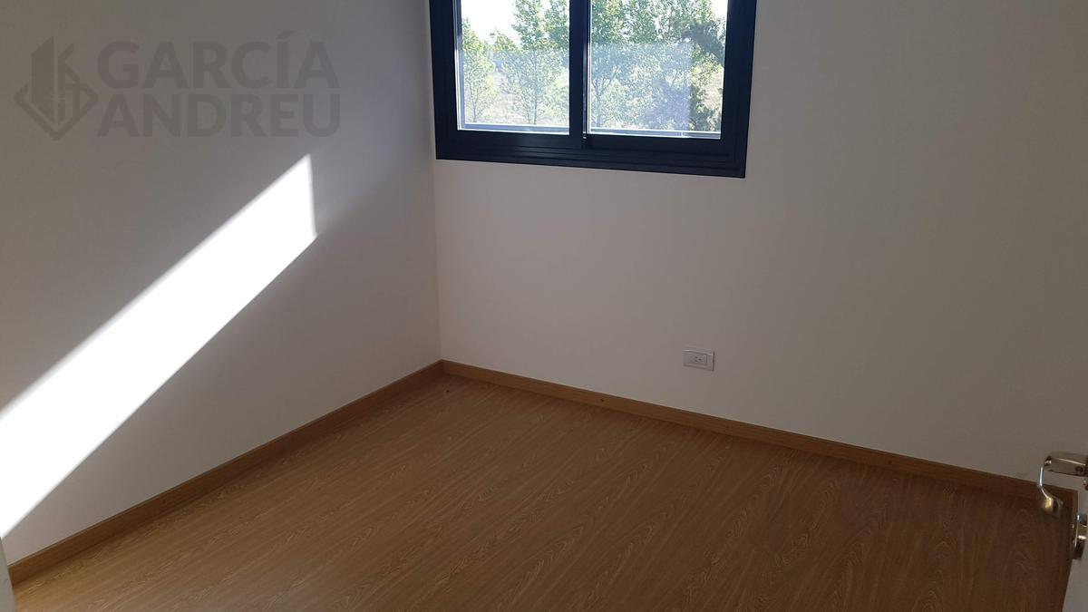 Foto Departamento en Venta en  Fisherton,  Rosario  Garcia del Cossio al 2000 bis
