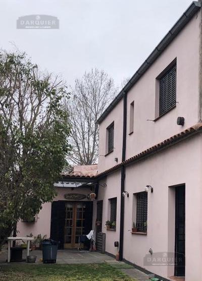 Foto Casa en Venta en  Adrogue,  Almirante Brown  BOUCHARD 453