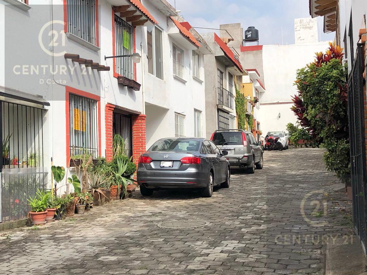 Foto Casa en condominio en Venta en  Loma del Tzompantle,  Cuernavaca  Condominio Lomas Tzompantle, Cuernavaca