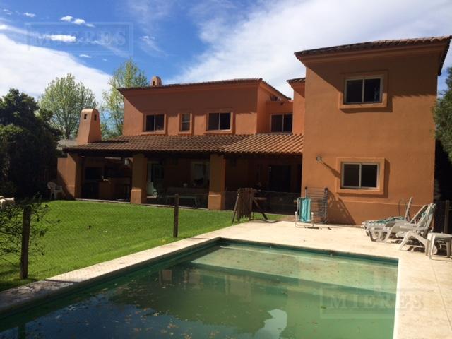 Casa de 300 mts en La Tranquera