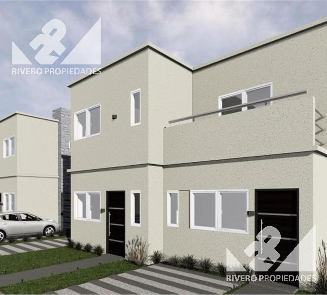 Foto Casa en Venta en  Castelar Norte,  Castelar  Sanchez De Mendeville  2400