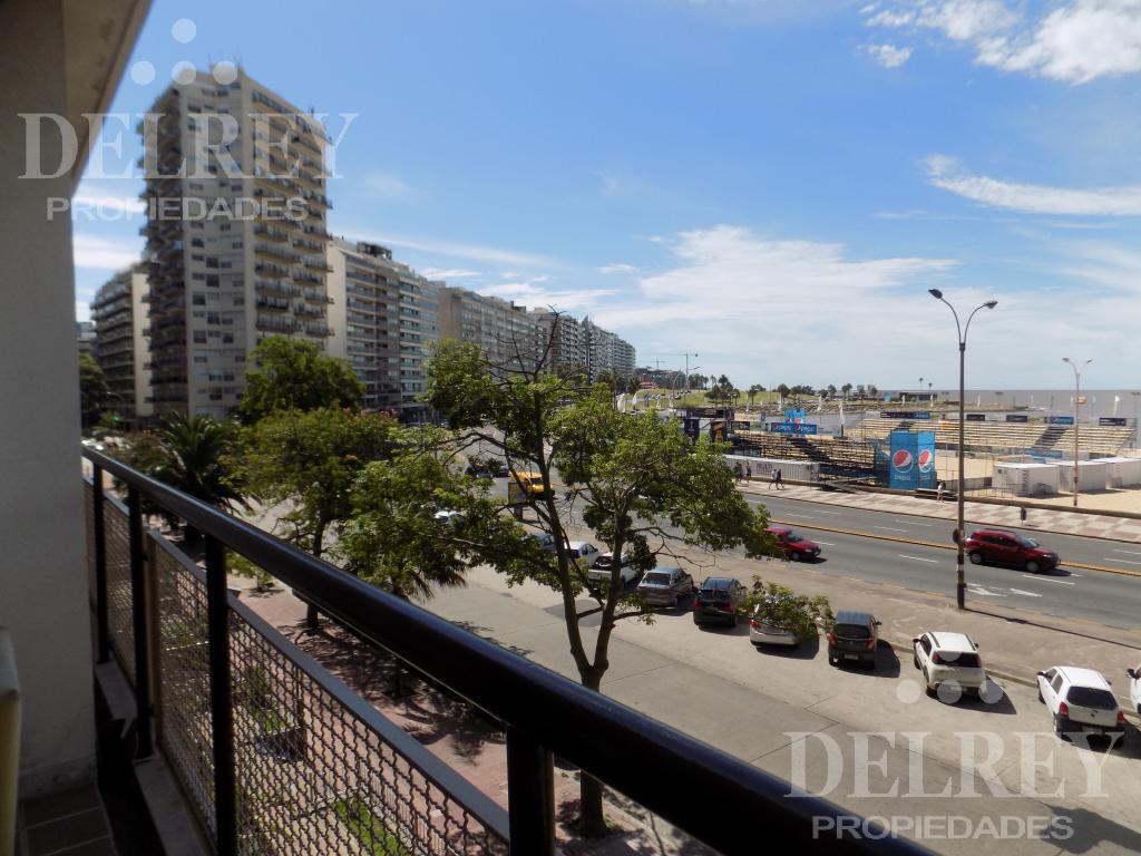 Foto Departamento en Alquiler temporario | Alquiler en  Pocitos ,  Montevideo  Aprox Benito Blanco y  Buxareo