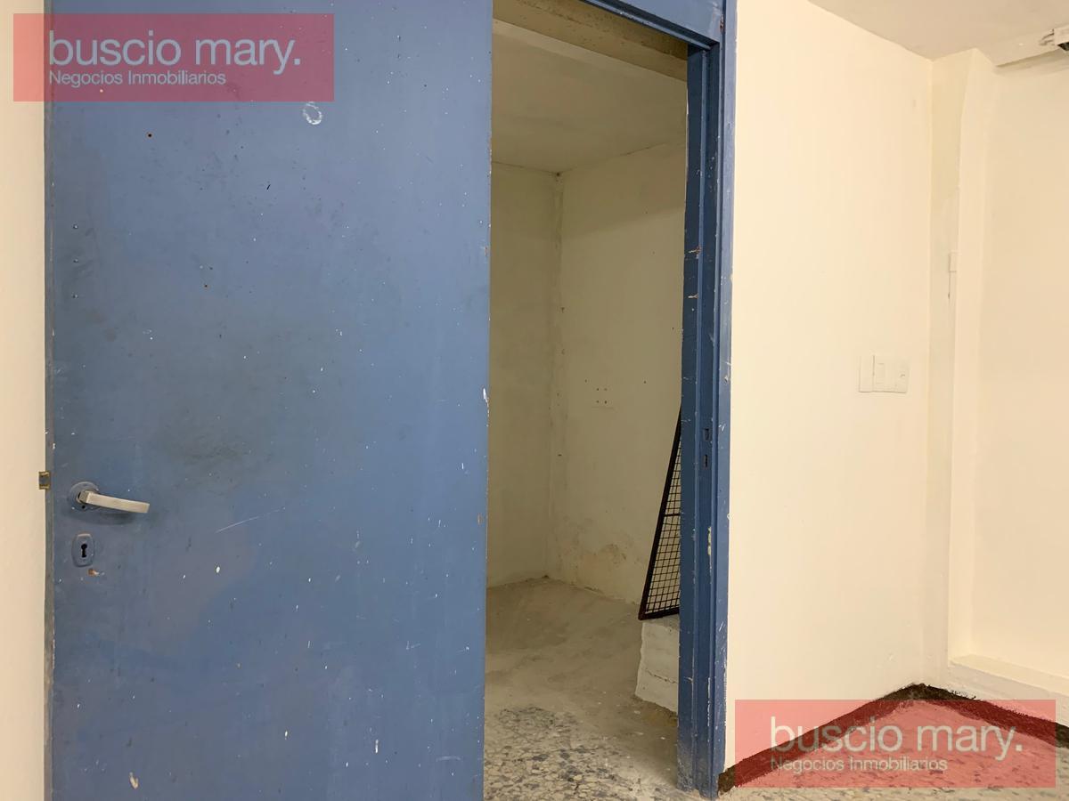 Foto Local en Venta en  Centro (Montevideo),  Montevideo  Centro (Montevideo)