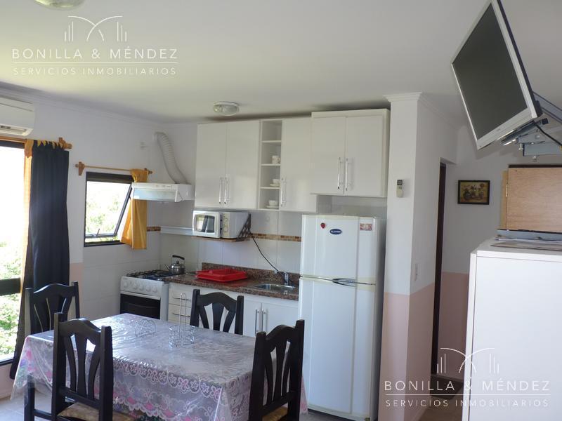 Foto Apartamento en Venta | Alquiler temporario | Alquiler en  Rinconada,  Piriápolis  Excelente ubicación, frente al mar