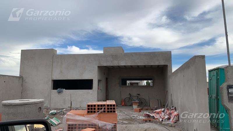 Foto Casa en Venta en  Trelew ,  Chubut  CASA 3 DORMITORIOS AL POZO