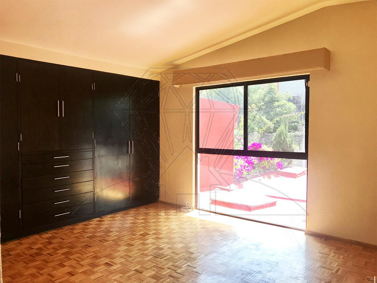 Foto Casa en Renta | Venta en  Lomas de Tecamachalco,  Huixquilucan          Cda de Juventud, casa en calle cerrada a la renta o venta , Lomas de Tecamachalco (MC)