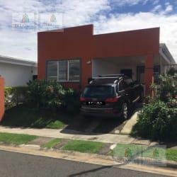 Foto Casa en Venta en  Alajuela,  Alajuela  En Malaga II Ciruelas El Coyol-La Guacima al 100