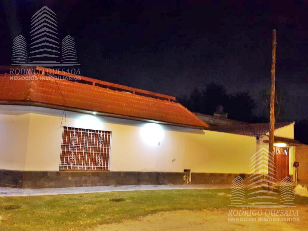 Foto Casa en Venta en  Florencio Varela,  Florencio Varela  Puan 1544
