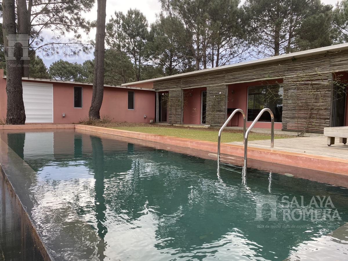 Foto Casa en Venta | Alquiler temporario en  Punta Ballena ,  Maldonado  Venta- alquiler- casa  2 dorm  en chihuahua , punta ballena.