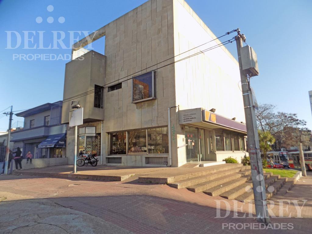 Foto Local en Venta en  La Blanqueada ,  Montevideo  8 DE OCTUBRE Y LUIS A. DE HERRERA