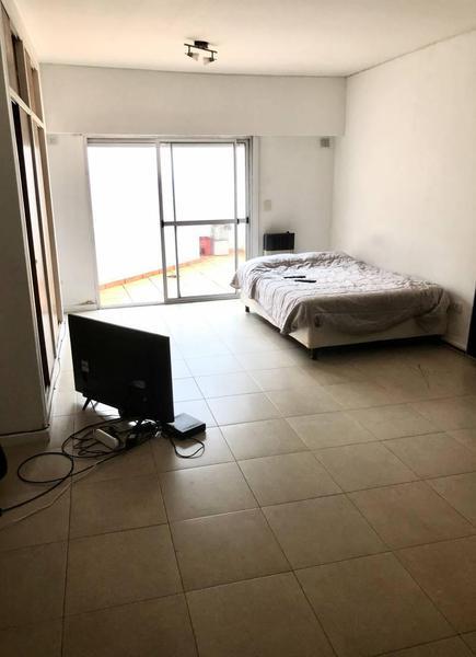 Foto PH en Venta en  Parque Patricios ,  Capital Federal  AVENIDA CASEROS al 3900