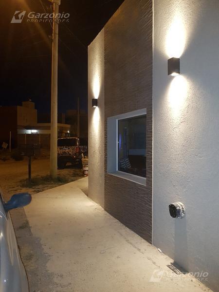 Foto Casa en Venta en  Trelew ,  Chubut  Marconi al 2300 - Barrio Los Sauces