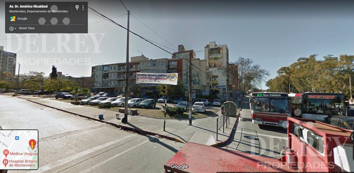 Foto Depósito en Venta en  La Blanqueada ,  Montevideo  Av Italia  y Albo