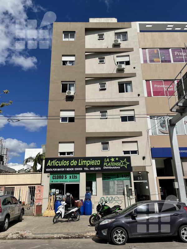 Foto Departamento en Alquiler en  La Plata ,  G.B.A. Zona Sur  13 N 35 entre 32 y 33